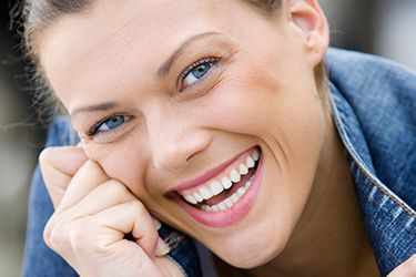 Happy woman with healthy smile